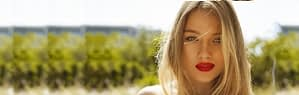 lip-fillers-red-lips-blond 1