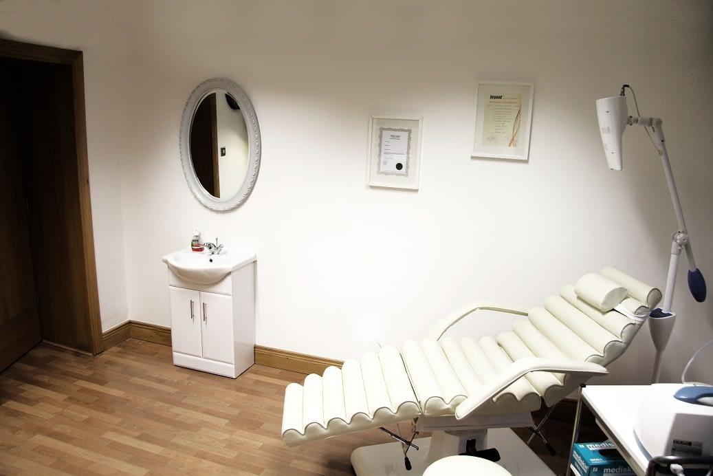 Teeth Whitening - treatment room - chair